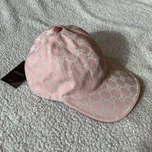 6efa1c6391bac NWT Authentic Gucci GG Woven Baseball Cap 🧢